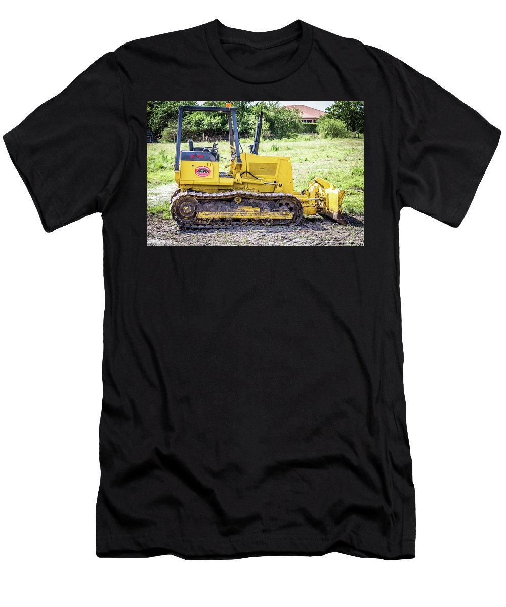 Construction Men's T-Shirt (Athletic Fit) featuring the photograph Small Trackor by Gregory Gendusa