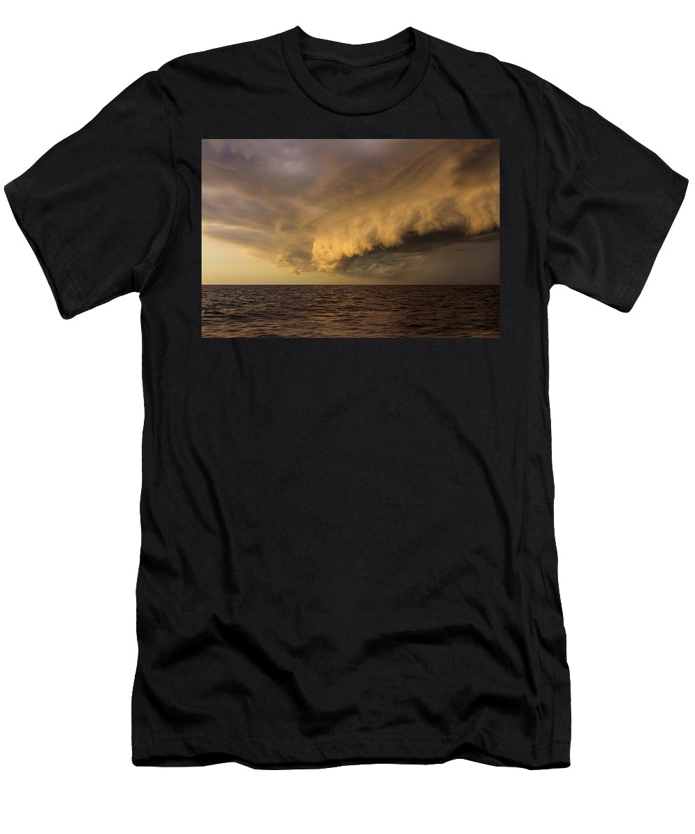 Weather Men's T-Shirt (Athletic Fit) featuring the photograph Something Wicked This Way Comes by Johnnie Bankston