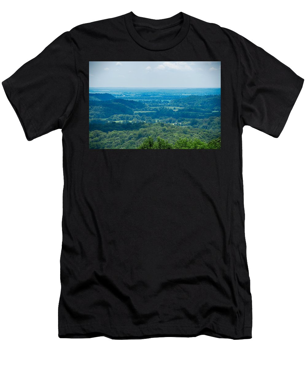 Southern Illinois Men's T-Shirt (Athletic Fit) featuring the photograph Southern Illinois by John Diebolt