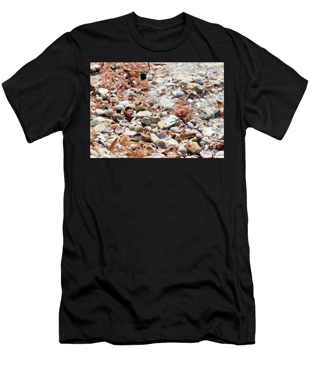 Florida Men's T-Shirt (Athletic Fit) featuring the photograph Sparkling Shells by Carol Groenen