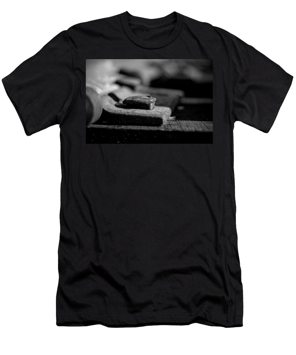 Black And White Photograph Men's T-Shirt (Athletic Fit) featuring the photograph Spick by Mike Oistad