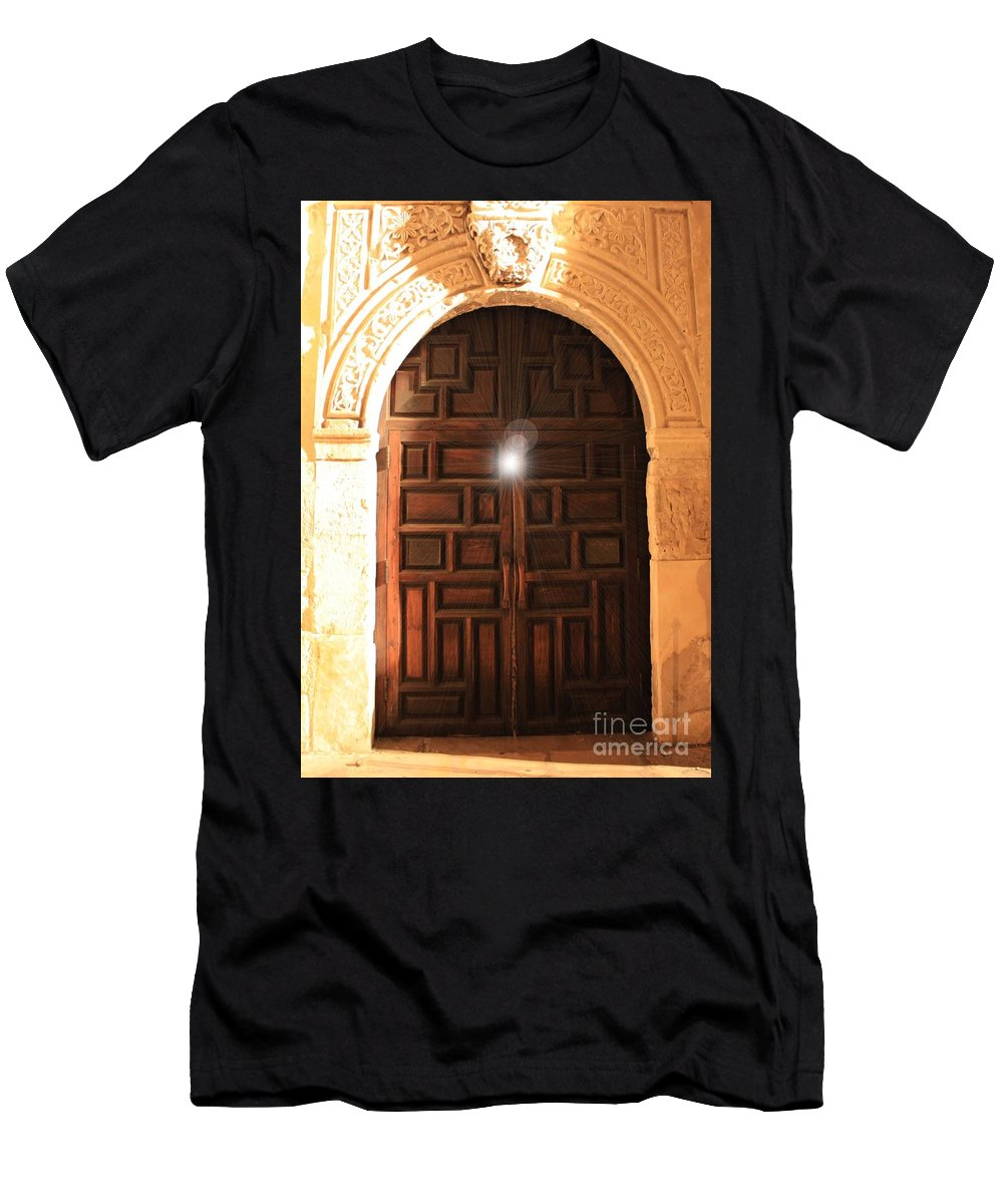 Alamo Men's T-Shirt (Athletic Fit) featuring the photograph Spirit Of The Alamo by Carol Groenen