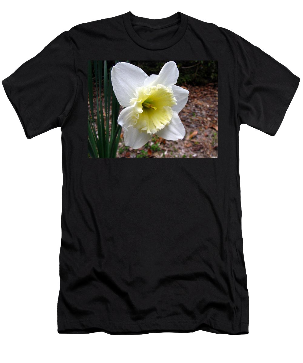 Daffodil T-Shirt featuring the photograph Spring's First Daffodil 1 by J M Farris Photography