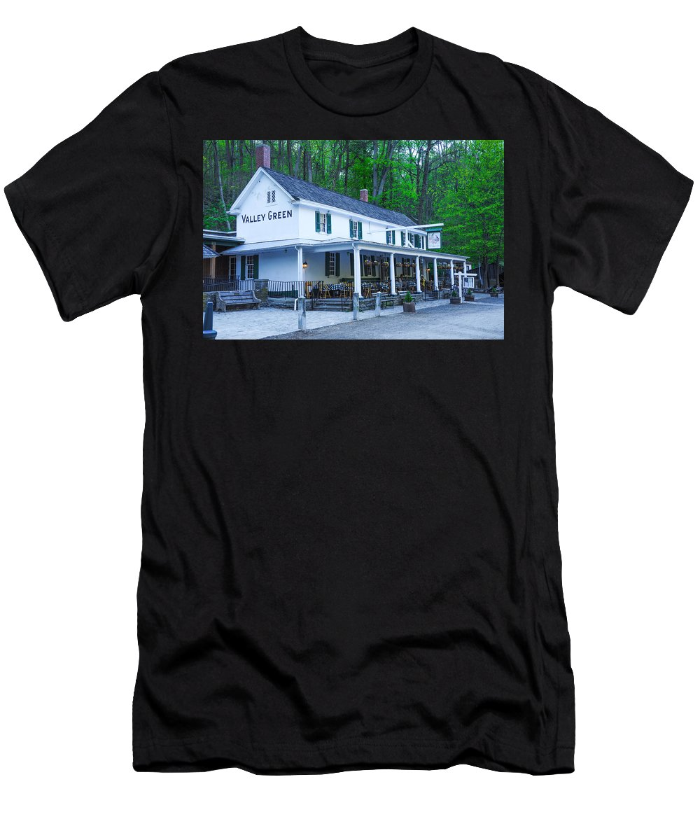 Valley Men's T-Shirt (Athletic Fit) featuring the photograph Springtime At The Valley Green Inn by Bill Cannon