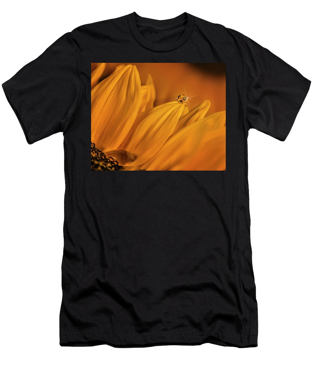 Men's T-Shirt (Athletic Fit) featuring the photograph Starry Sunflower by Gabriel Jardim