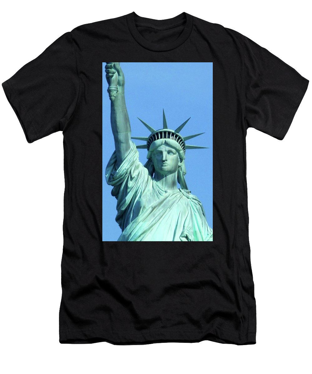 New York City Men's T-Shirt (Athletic Fit) featuring the photograph Statue Of Liberty 5 by Ron Kandt