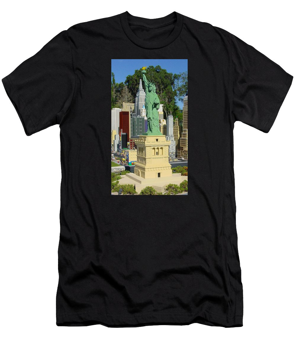 Pat Turner Men's T-Shirt (Athletic Fit) featuring the photograph Statue Of Liberty by Pat Turner