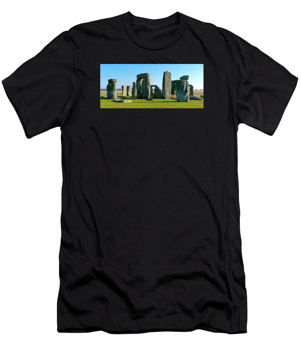England Men's T-Shirt (Athletic Fit) featuring the photograph Stonehenge by Alan Toepfer
