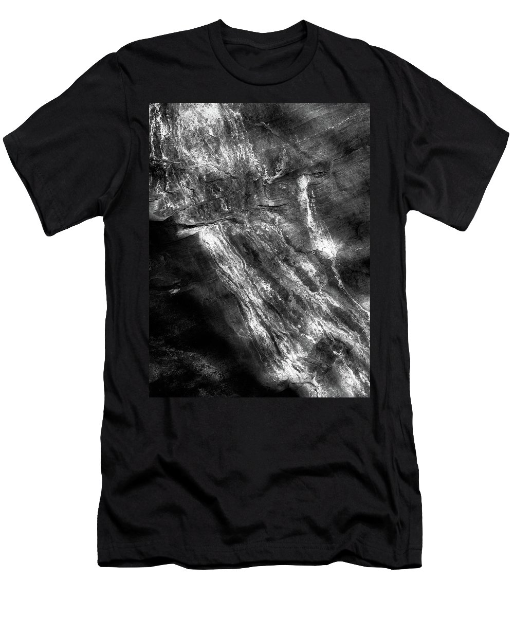 Desert Men's T-Shirt (Athletic Fit) featuring the photograph Striations by Jessica Giannone