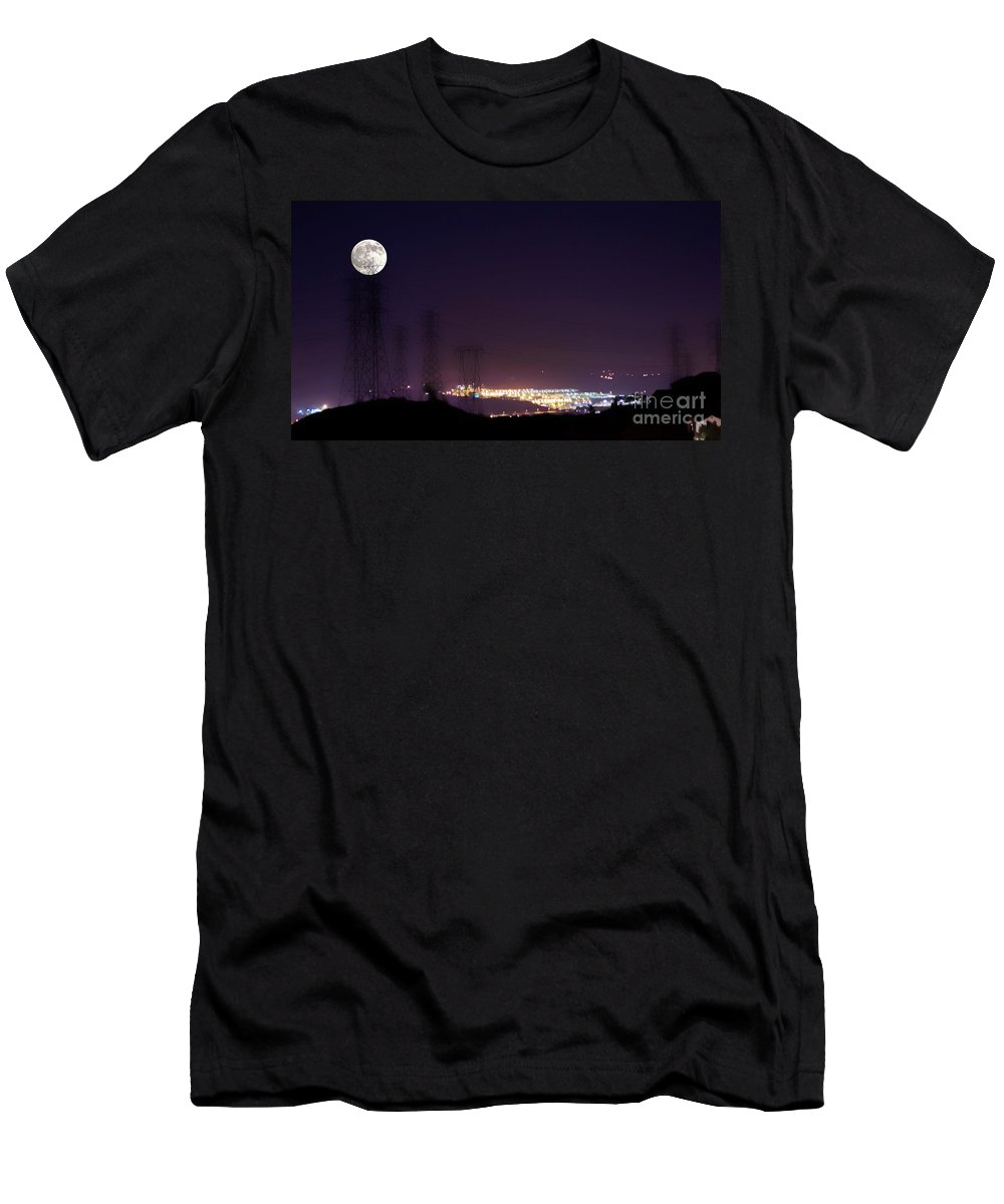 Clay Men's T-Shirt (Athletic Fit) featuring the photograph Summer's Night In The Valley by Clayton Bruster
