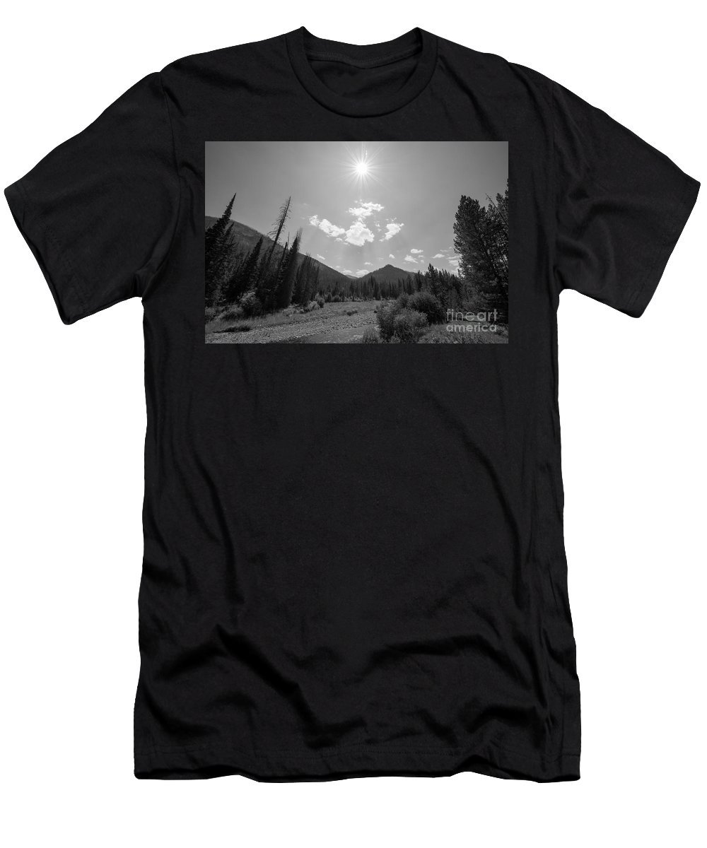 Yellowstone National Park Men's T-Shirt (Athletic Fit) featuring the photograph Sun Rays In Yellowstone Bw by Michael Ver Sprill