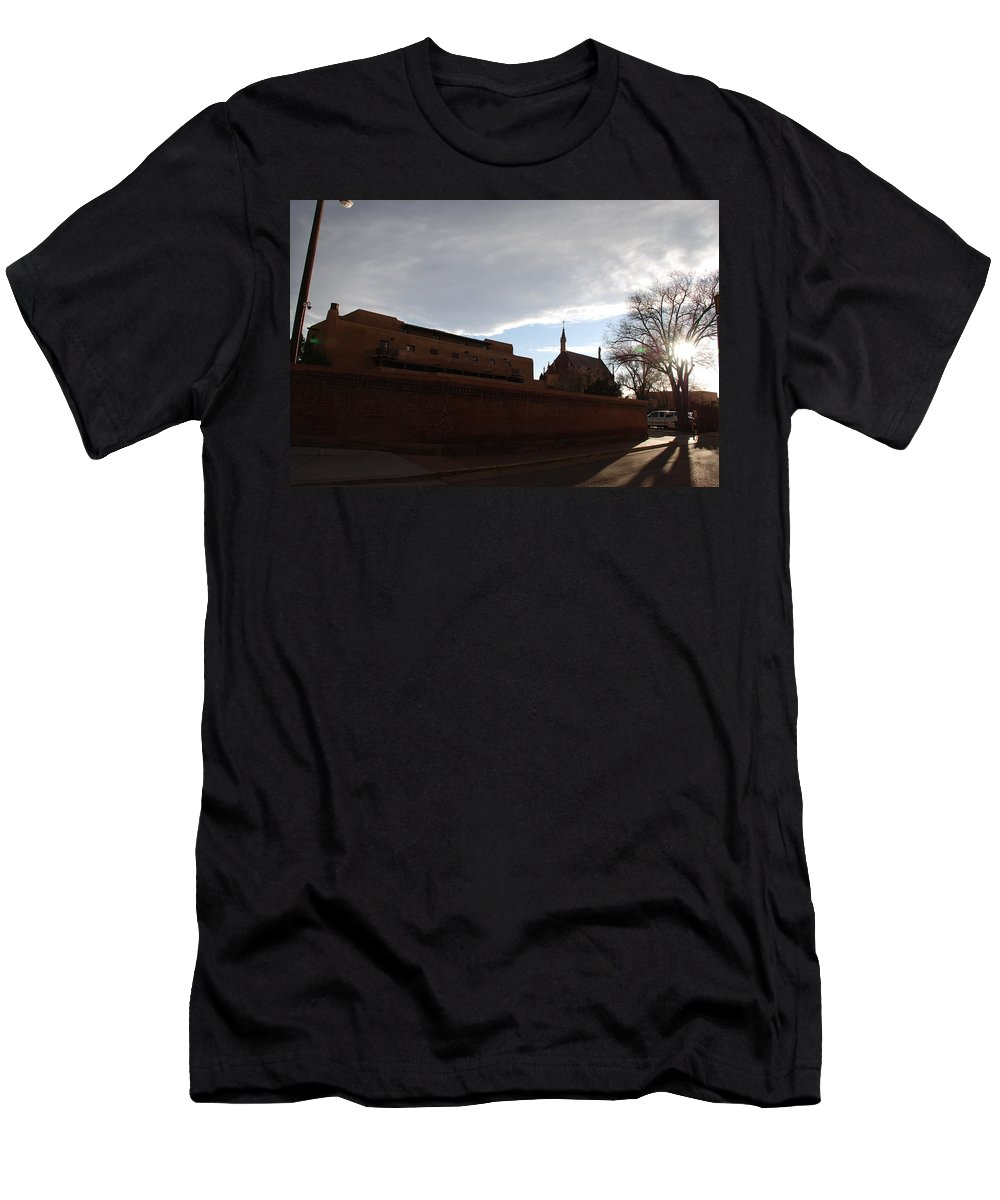 New Mexico Men's T-Shirt (Athletic Fit) featuring the photograph Sun Thru The Trees by Rob Hans