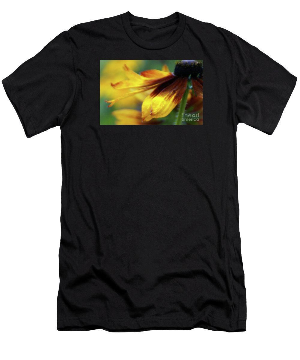 Flower Men's T-Shirt (Athletic Fit) featuring the photograph Sunburst Petals - 2 by Linda Shafer