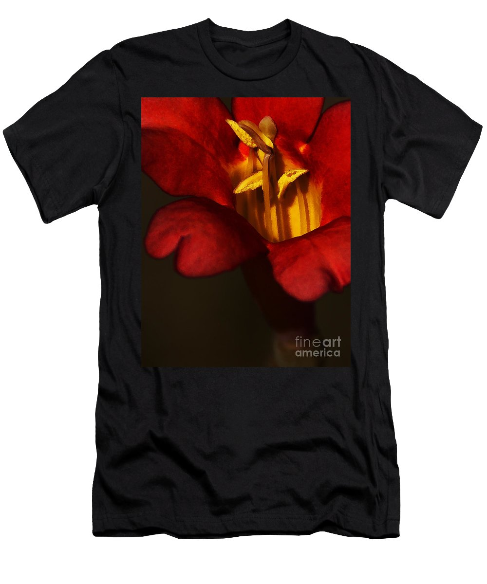 Flower Men's T-Shirt (Athletic Fit) featuring the photograph Sunlit Attraction by Linda Shafer
