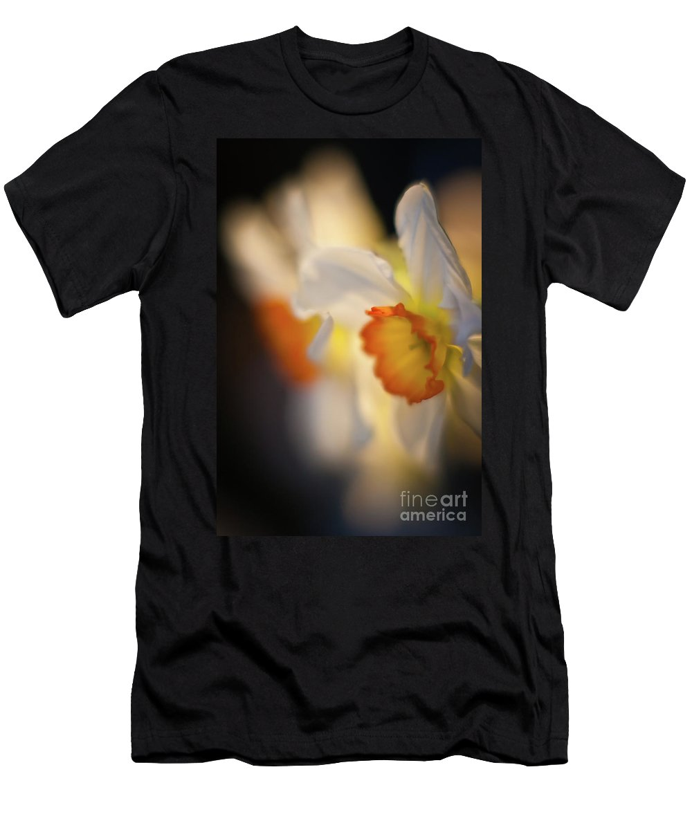 Daffodils Men's T-Shirt (Athletic Fit) featuring the photograph Sunlit Daffodils by Mike Reid