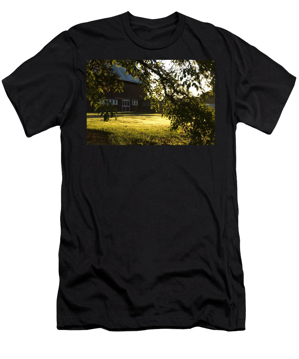 Barn Men's T-Shirt (Athletic Fit) featuring the photograph Sunrise At The Barn by Sara Stevenson