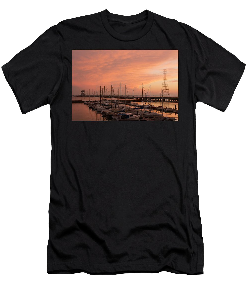 Sunset Men's T-Shirt (Athletic Fit) featuring the photograph Sunset At The Marina by Linda Eszenyi