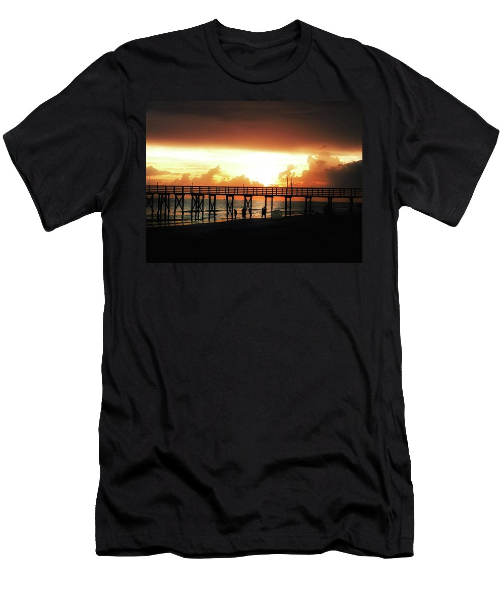 St Petersburg Men's T-Shirt (Athletic Fit) featuring the photograph Sunset At The Pier by Bill Cannon