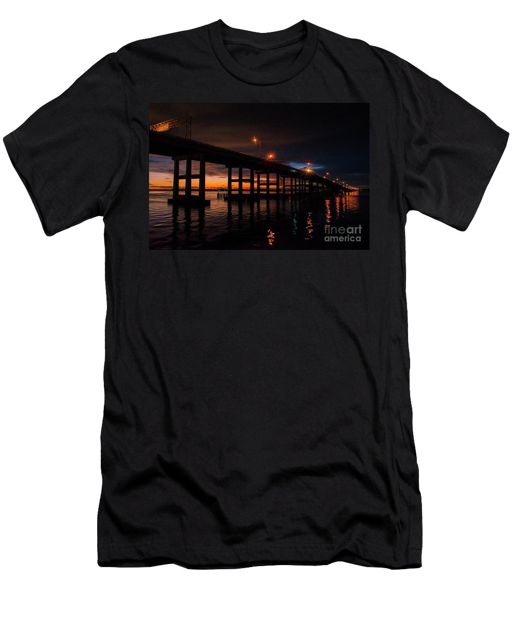 Sunset Men's T-Shirt (Athletic Fit) featuring the photograph Sunset From The River District by Quinn Sedam