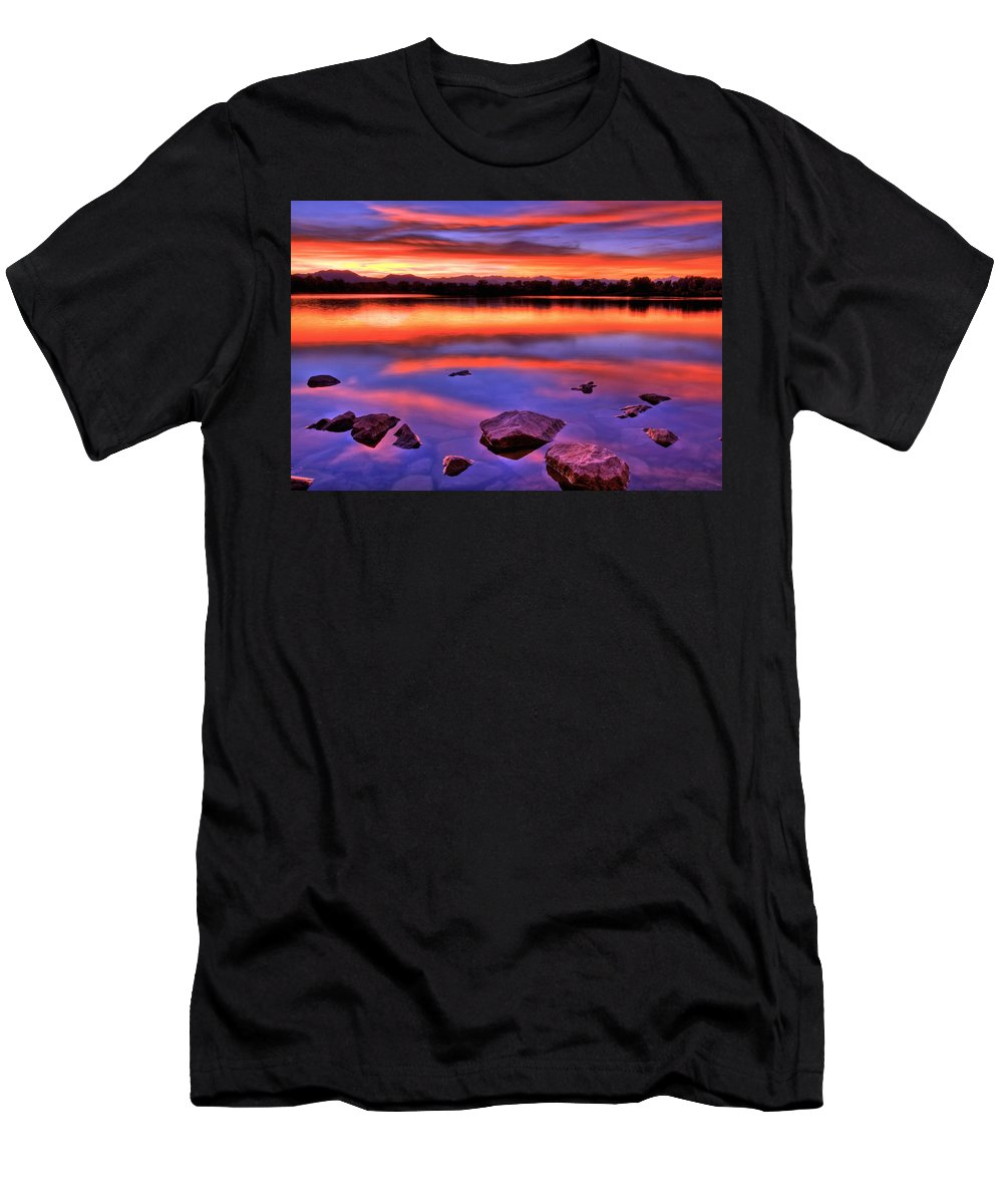 Colorado Men's T-Shirt (Athletic Fit) featuring the photograph Sunset Lake by Scott Mahon