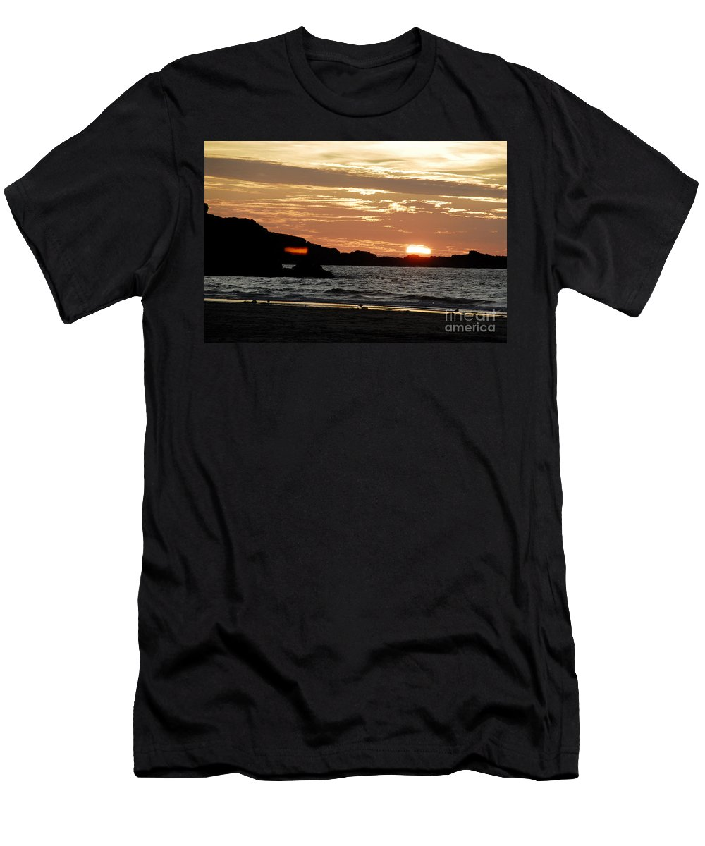 Fine Art By Phill Potter Men's T-Shirt (Athletic Fit) featuring the photograph Sunset Part 3 by Jenny Potter
