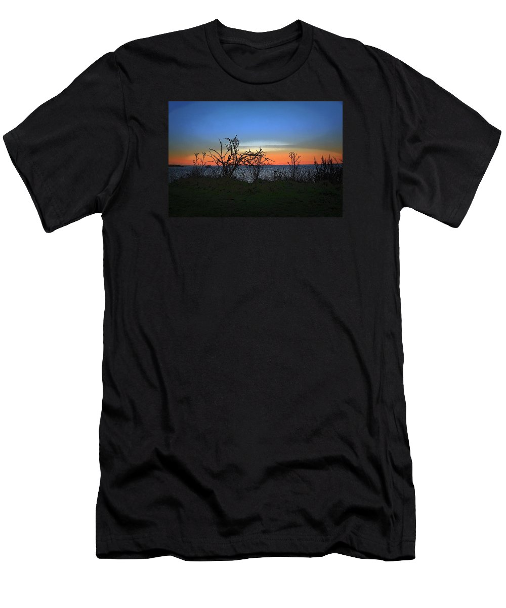 Beautiful Sunset Done Like A Painting At My Local Country Park Men's T-Shirt (Athletic Fit) featuring the photograph Sunset Through The Branches by Michelle Smith