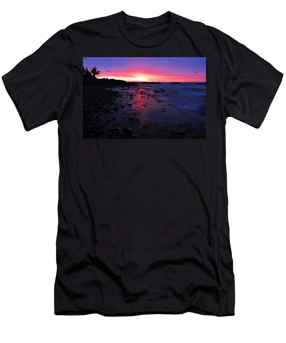 Lake Superior Men's T-Shirt (Athletic Fit) featuring the photograph Superior Dawn by Larry Ricker