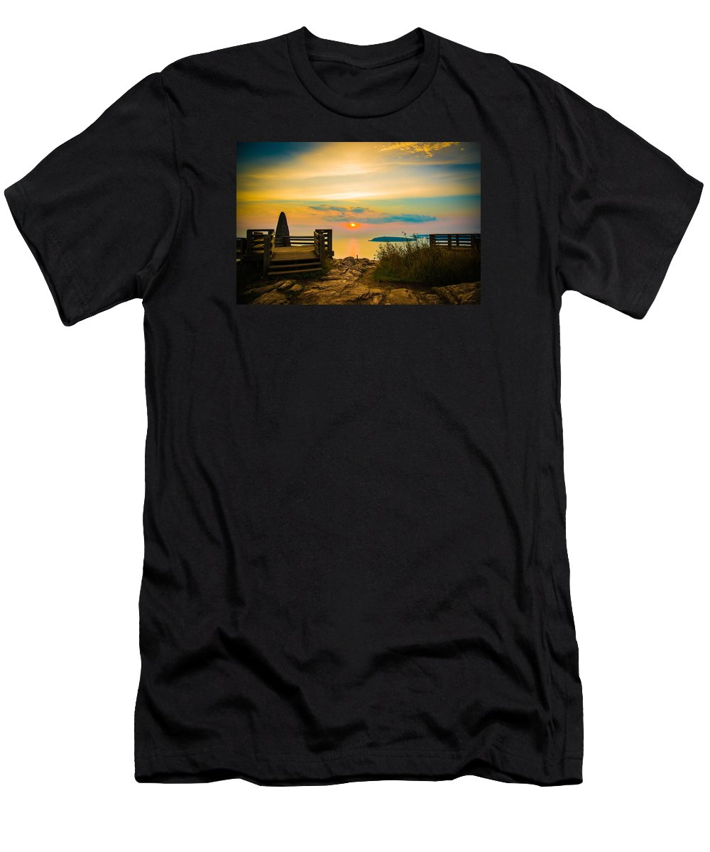 Lake Superior Men's T-Shirt (Athletic Fit) featuring the photograph Superior Horizon by Michael Tucker