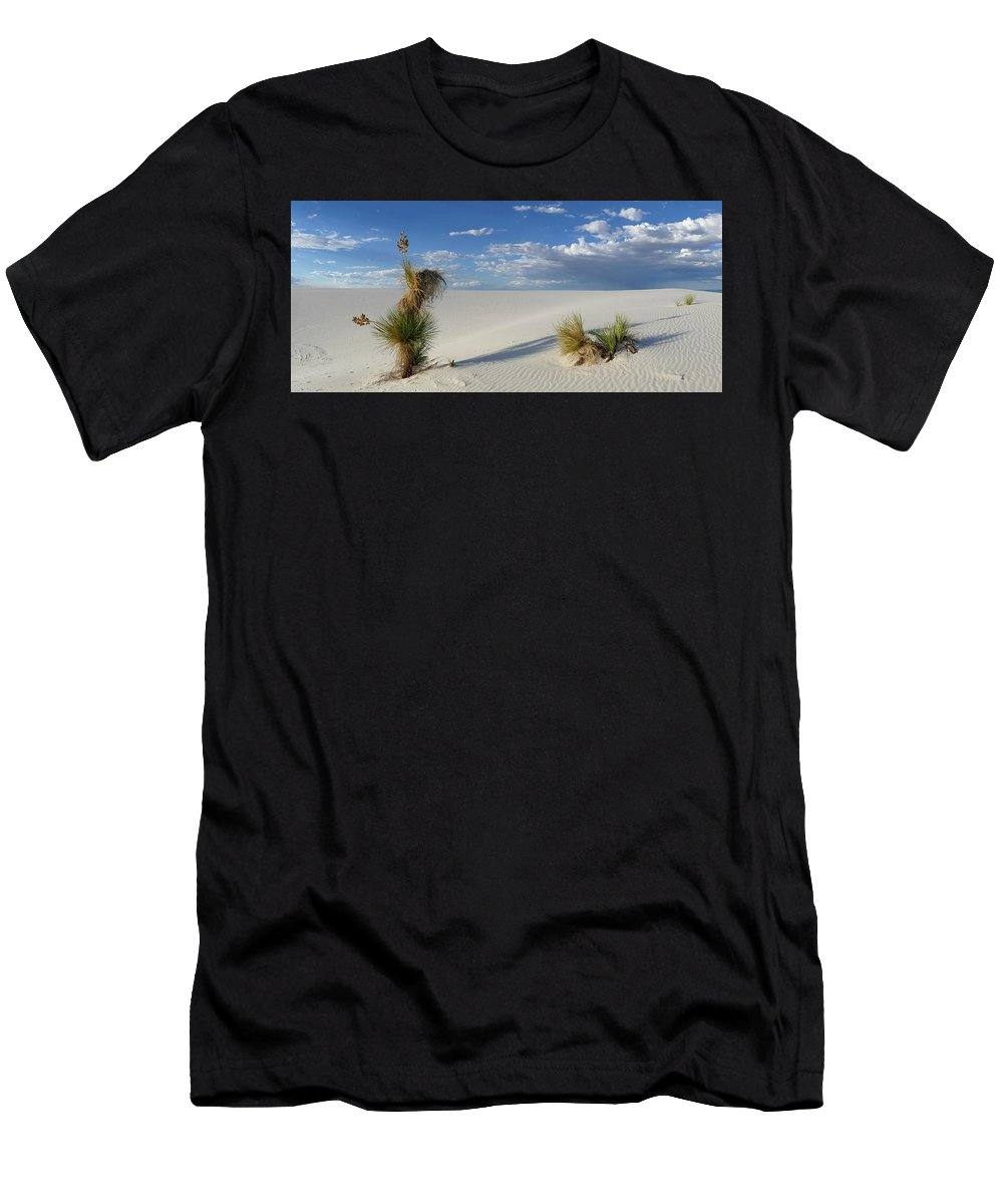 Tango Men's T-Shirt (Athletic Fit) featuring the photograph Tango by Skip Hunt