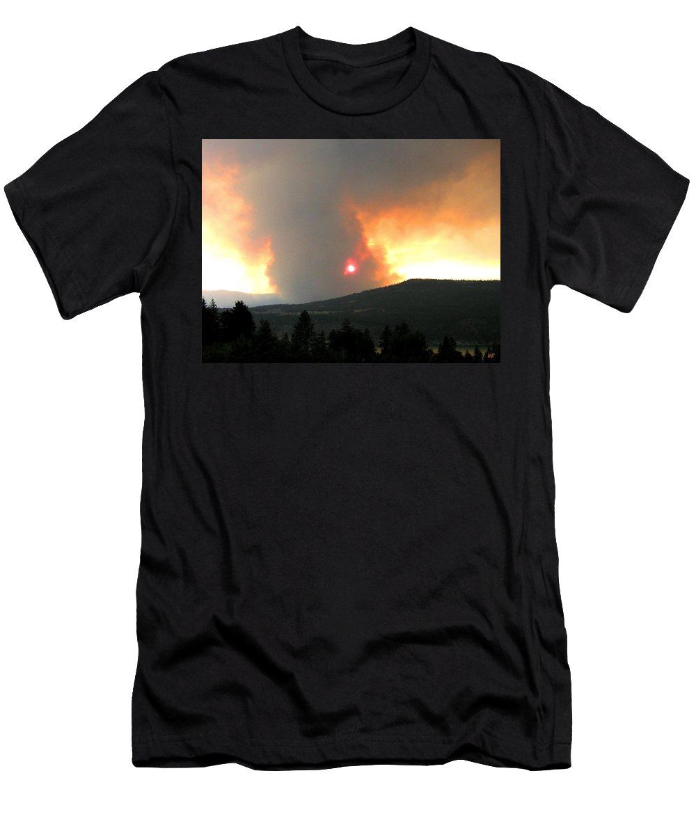 Forest Fire Men's T-Shirt (Athletic Fit) featuring the photograph Terrace Mountain Fire 3 by Will Borden