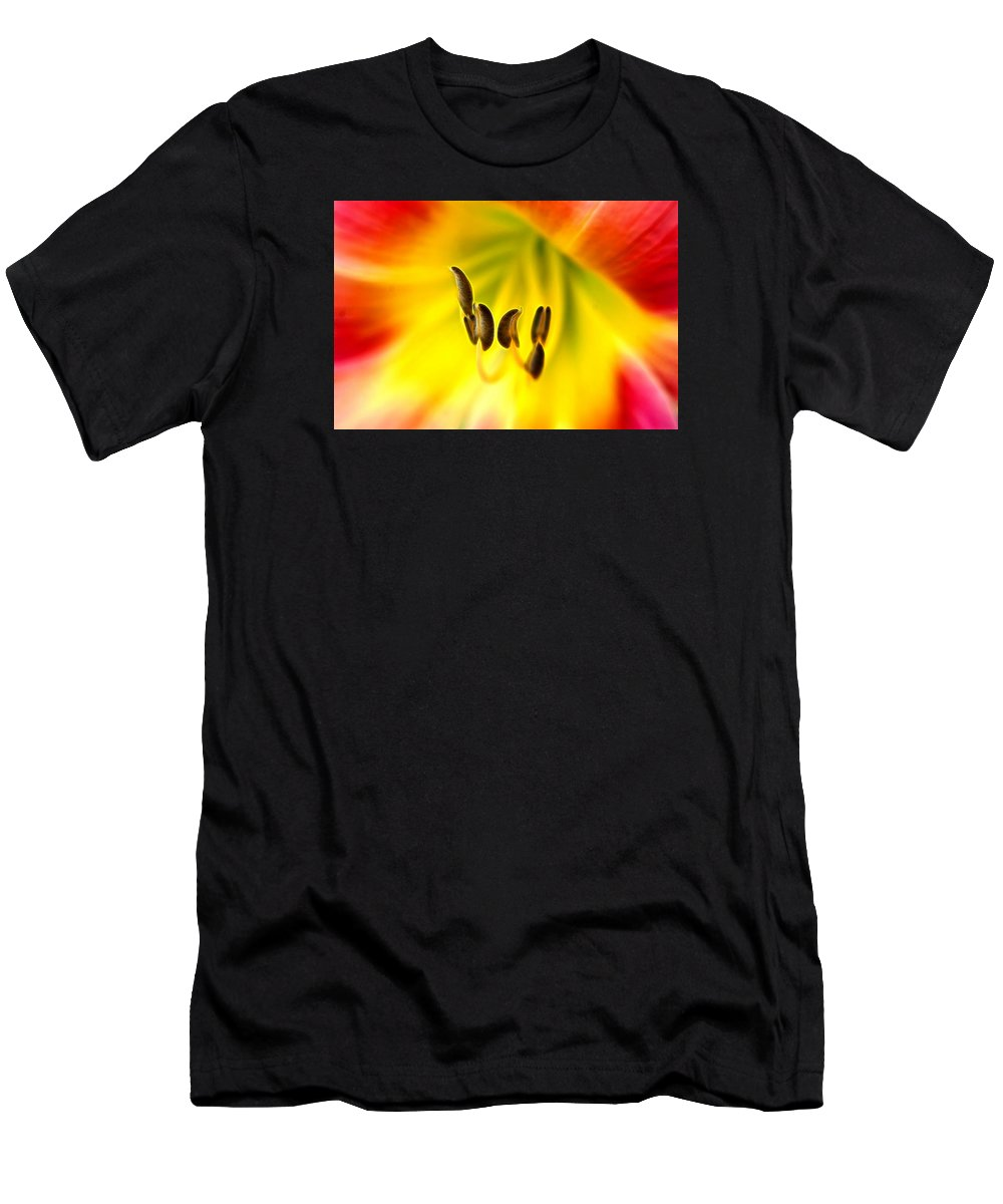 Day Lily Throat Men's T-Shirt (Athletic Fit) featuring the photograph The Chorus by Bill Morgenstern