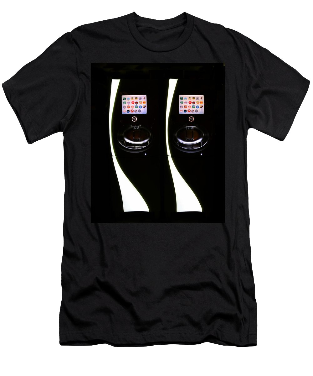 Soda Men's T-Shirt (Athletic Fit) featuring the photograph The Face Of Soda by David Lee Thompson