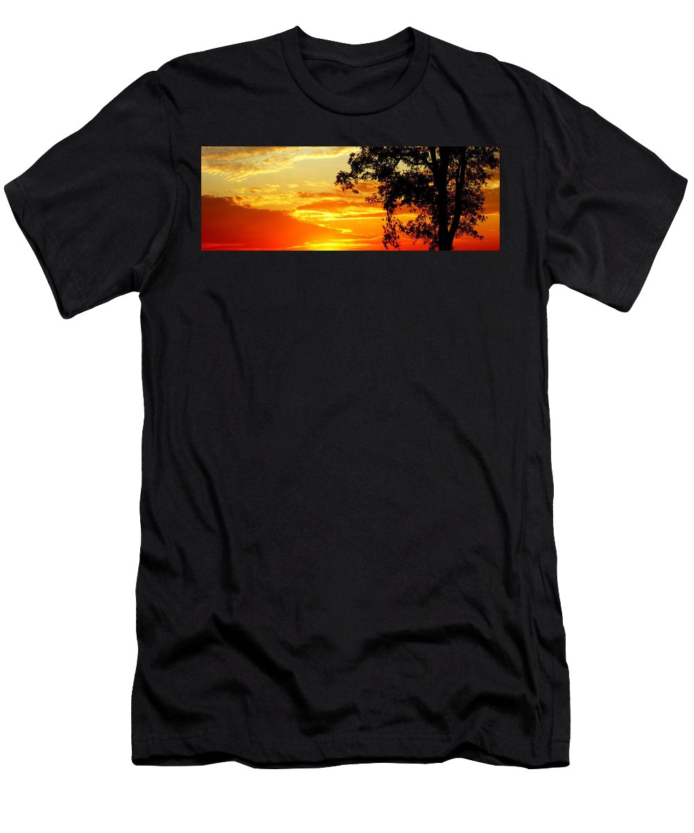 Sky Men's T-Shirt (Athletic Fit) featuring the photograph The Fire by Ed Smith
