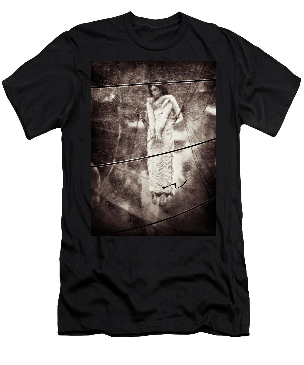 Girl Men's T-Shirt (Athletic Fit) featuring the photograph The Girl In The Bubble by Dave Bowman
