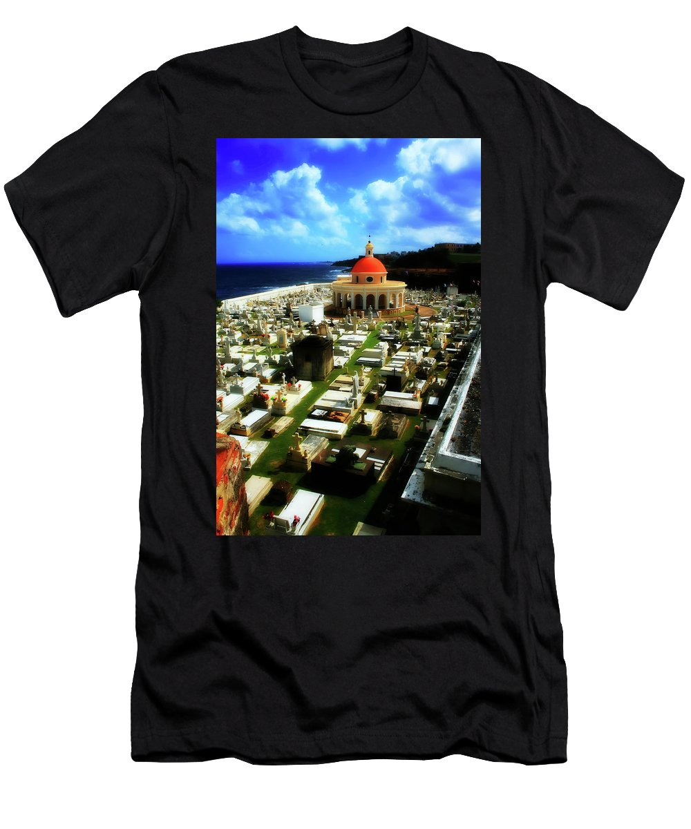 San Juan Men's T-Shirt (Athletic Fit) featuring the photograph The Grave by Perry Webster