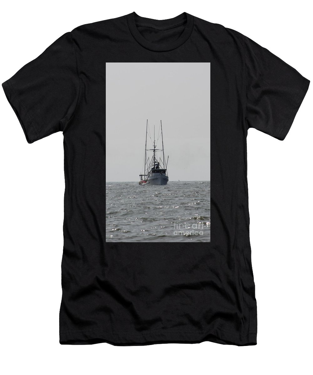 Boats Men's T-Shirt (Athletic Fit) featuring the photograph The Mary Leah, Moss Landing, I by Larry Daeumler