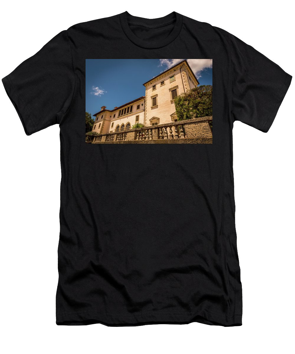Vizcaya Men's T-Shirt (Athletic Fit) featuring the photograph The Modest Dwelling by Vincent Asbjornsen
