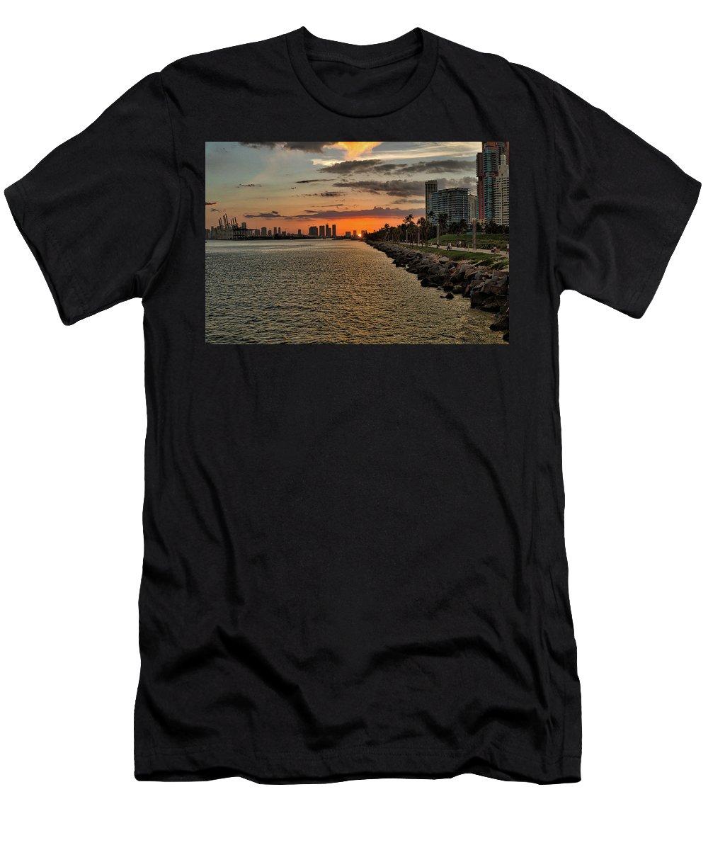 Port Men's T-Shirt (Athletic Fit) featuring the photograph The Port by Rafael Gonzalez