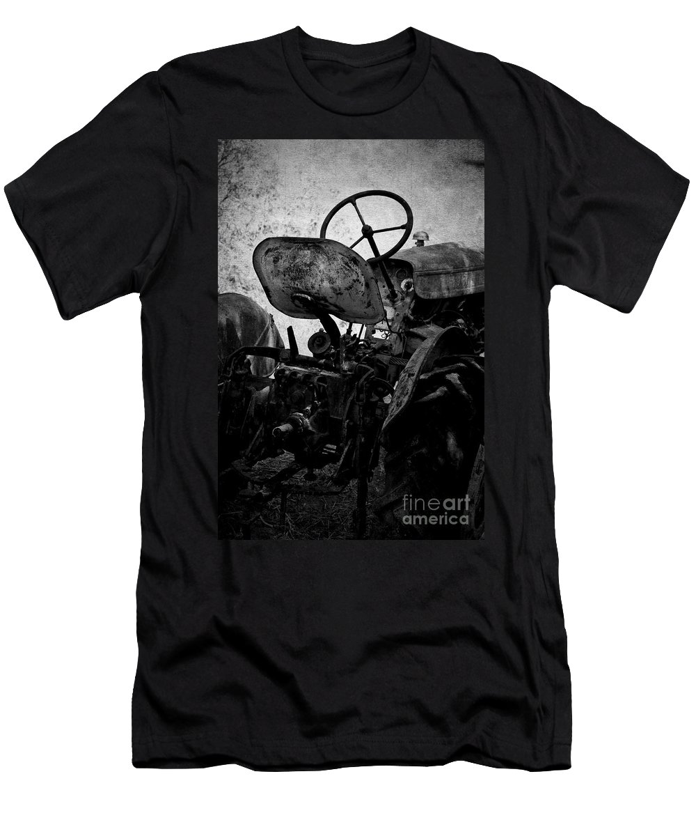 Tractor Men's T-Shirt (Athletic Fit) featuring the photograph The Retired Seat by Clare Bevan