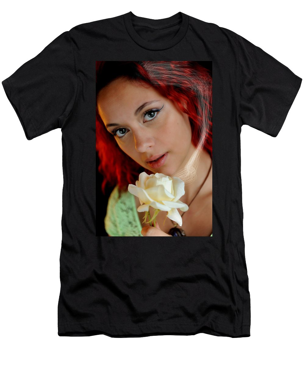 Courtney Men's T-Shirt (Athletic Fit) featuring the photograph The Scent by Bill Munster