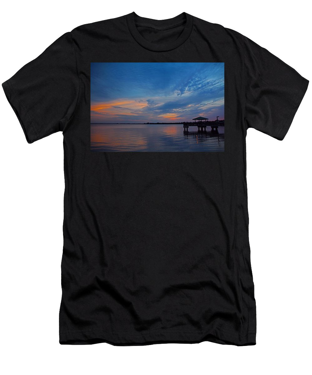 Sunset Men's T-Shirt (Athletic Fit) featuring the photograph The Scoundrel Seduces by Michiale Schneider