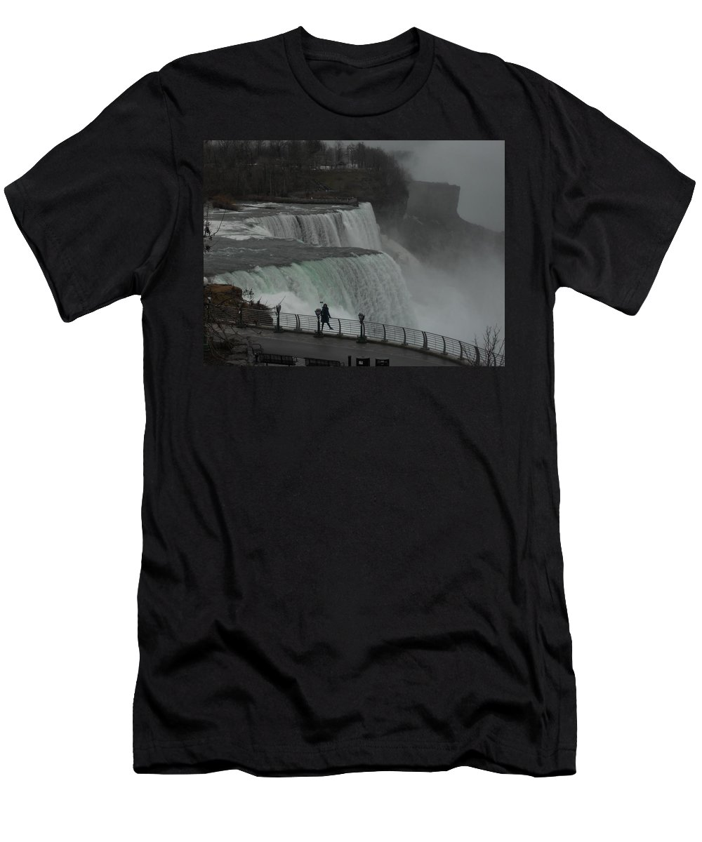 Niagara Falls Men's T-Shirt (Athletic Fit) featuring the photograph The Selfier by Arthur Barnes