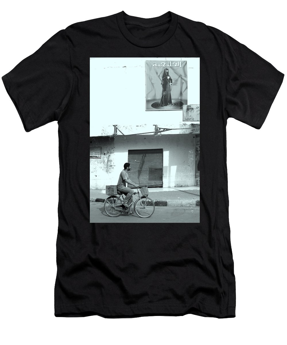 Egypt Men's T-Shirt (Athletic Fit) featuring the photograph The Warden by Jez C Self