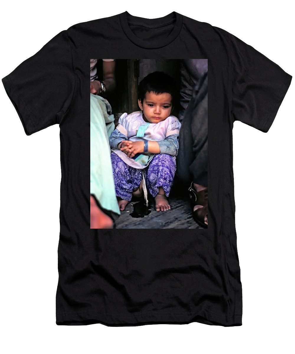 India Men's T-Shirt (Athletic Fit) featuring the photograph Tiny Tinkler by Steve Harrington