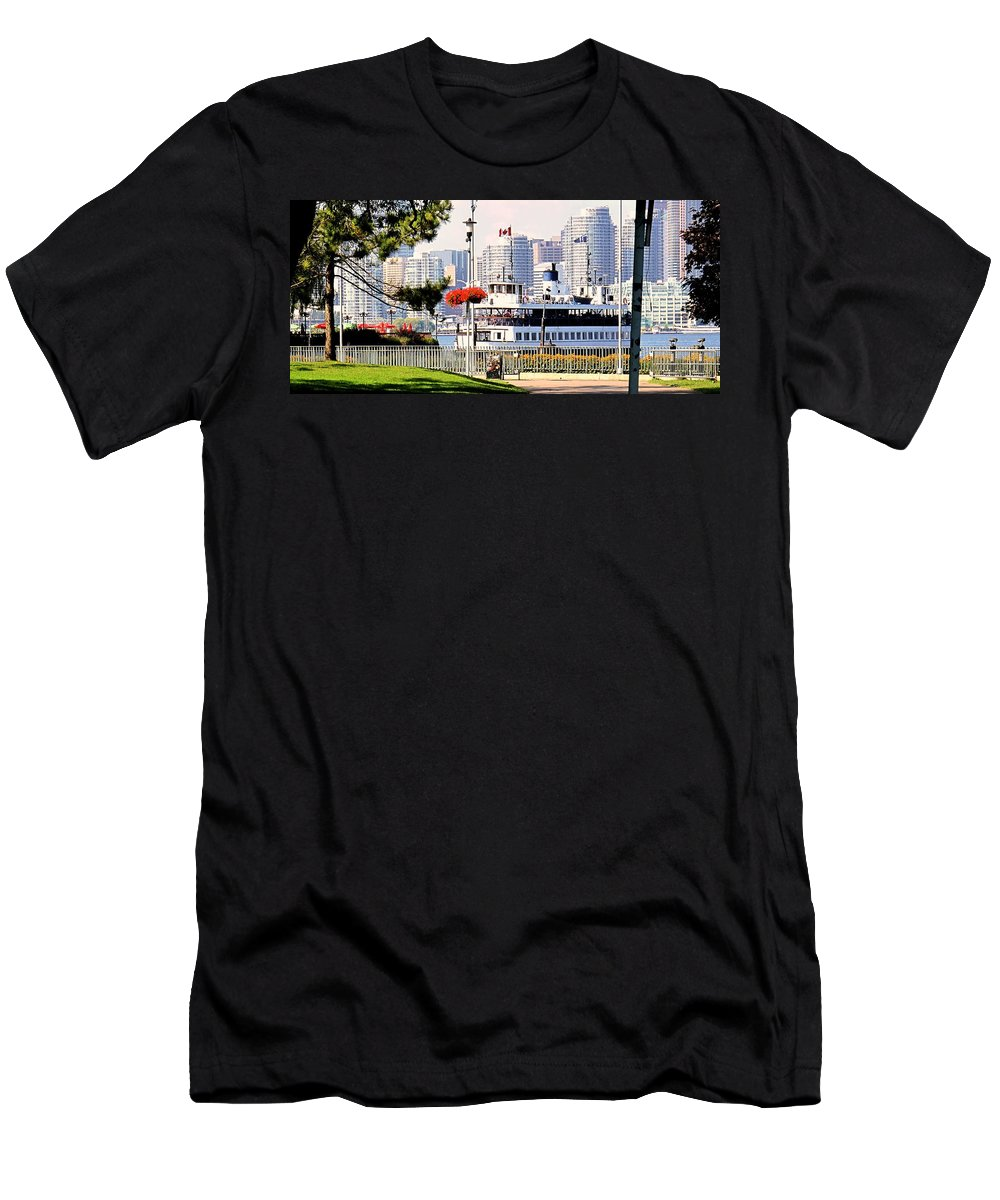 Toronto Men's T-Shirt (Athletic Fit) featuring the photograph Toronto Island Ferry Arrives by Ian MacDonald