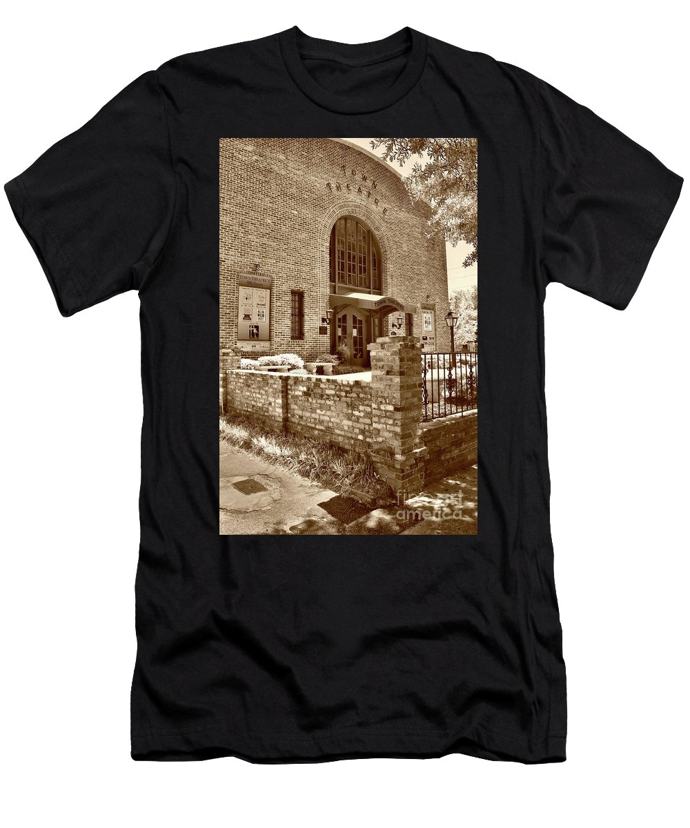 Culture Men's T-Shirt (Athletic Fit) featuring the photograph Town Theatre by Skip Willits