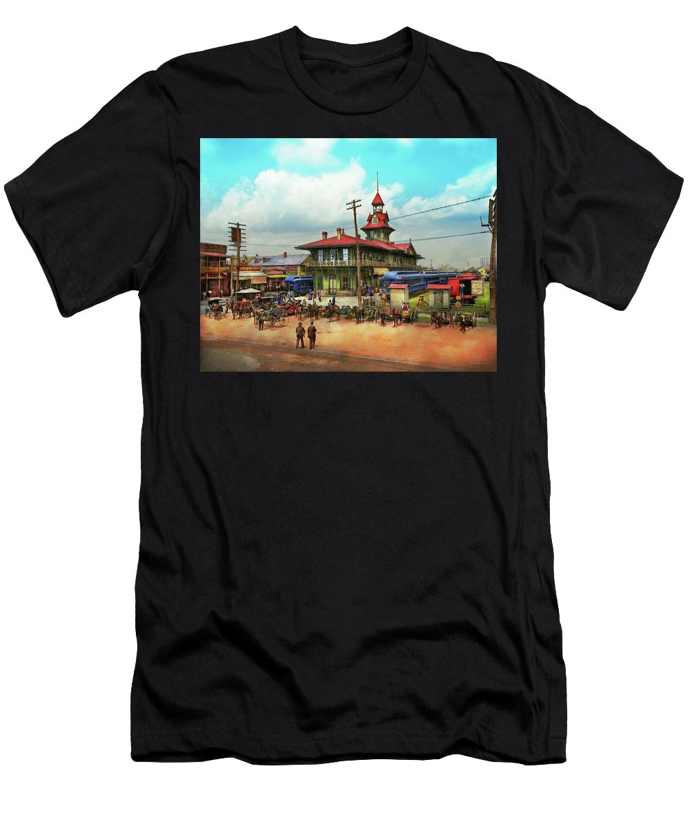 Self Men's T-Shirt (Athletic Fit) featuring the photograph Train Station - Louisville And Nashville Railroad 1912 by Mike Savad
