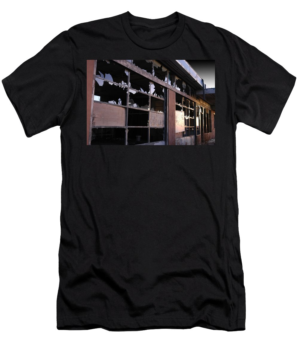 Building Men's T-Shirt (Athletic Fit) featuring the photograph Tucumcari - Revisited by D'Arcy Evans
