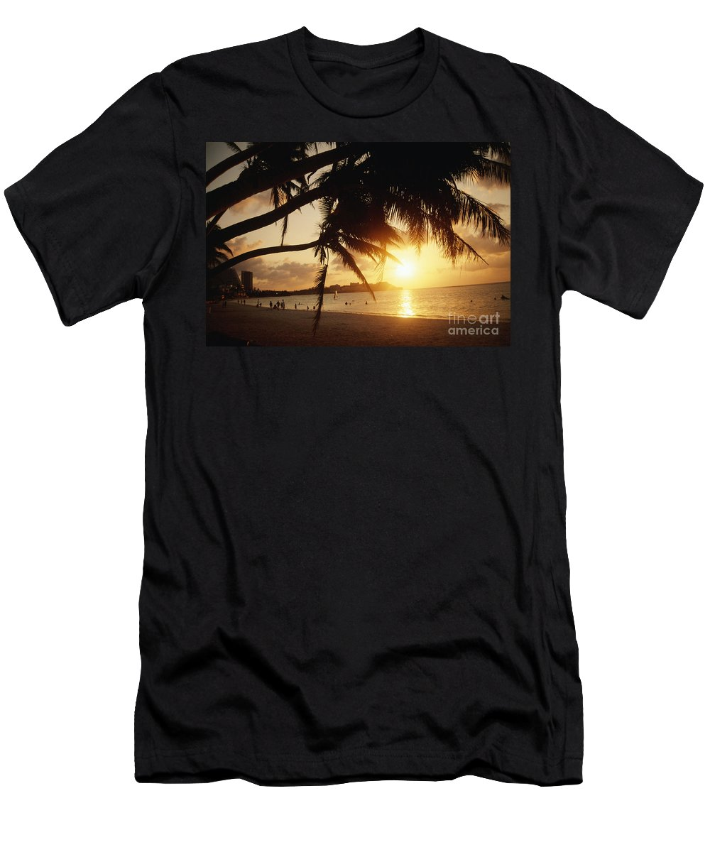 Bay Men's T-Shirt (Athletic Fit) featuring the photograph Tumon Bay by Rita Ariyoshi - Printscapes