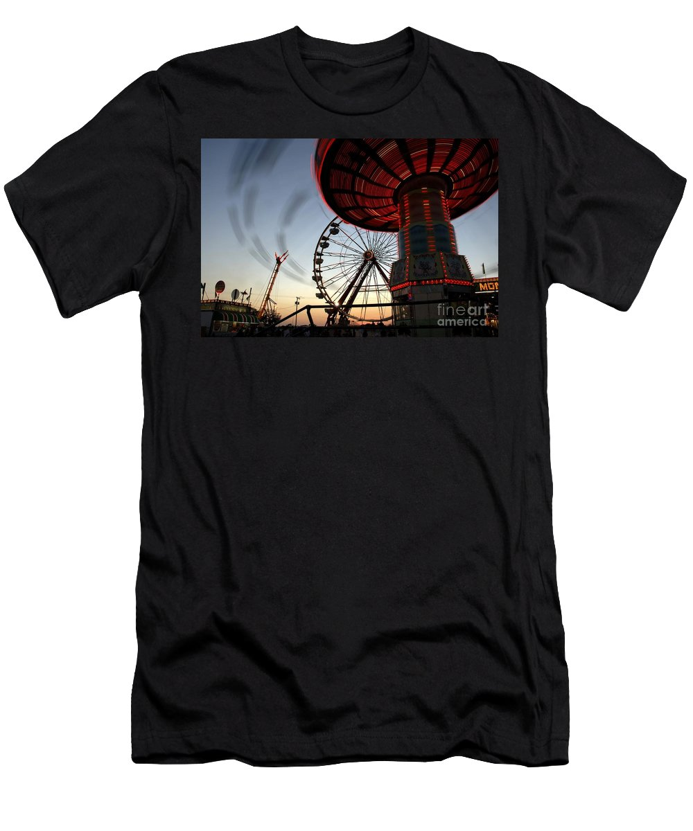 Fair Men's T-Shirt (Athletic Fit) featuring the photograph Twirling Away by David Lee Thompson